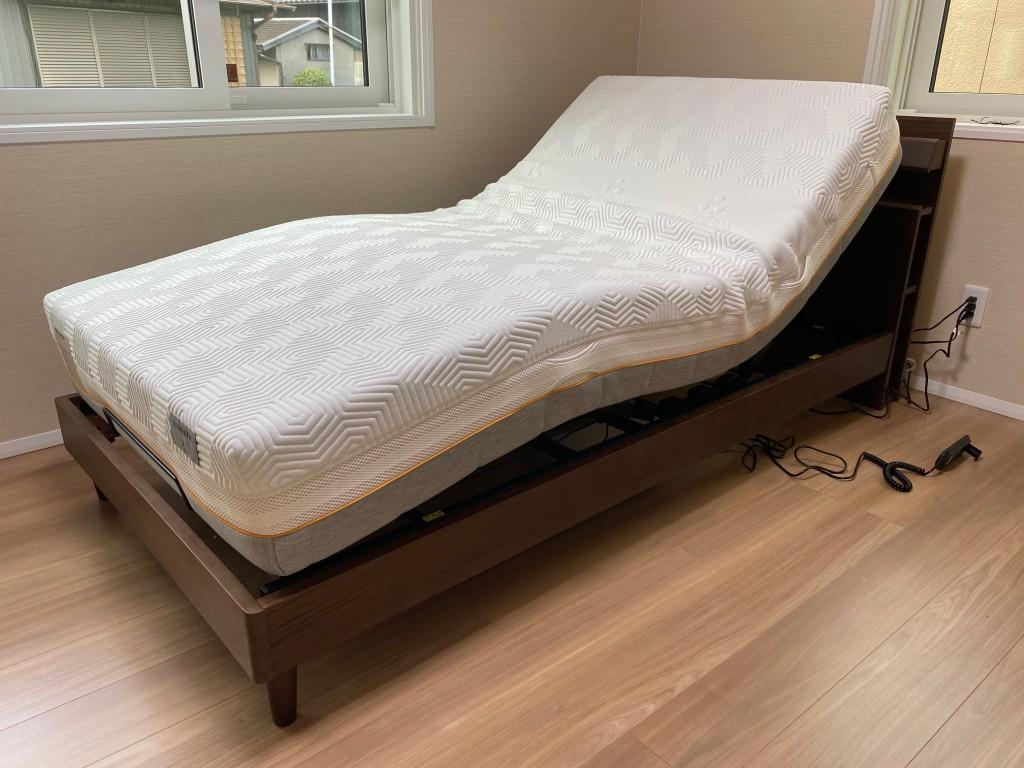 ゲルテックスマットレスなら電動リクライニングベッドにも対応。リラックスした時間が過ごせますよ!