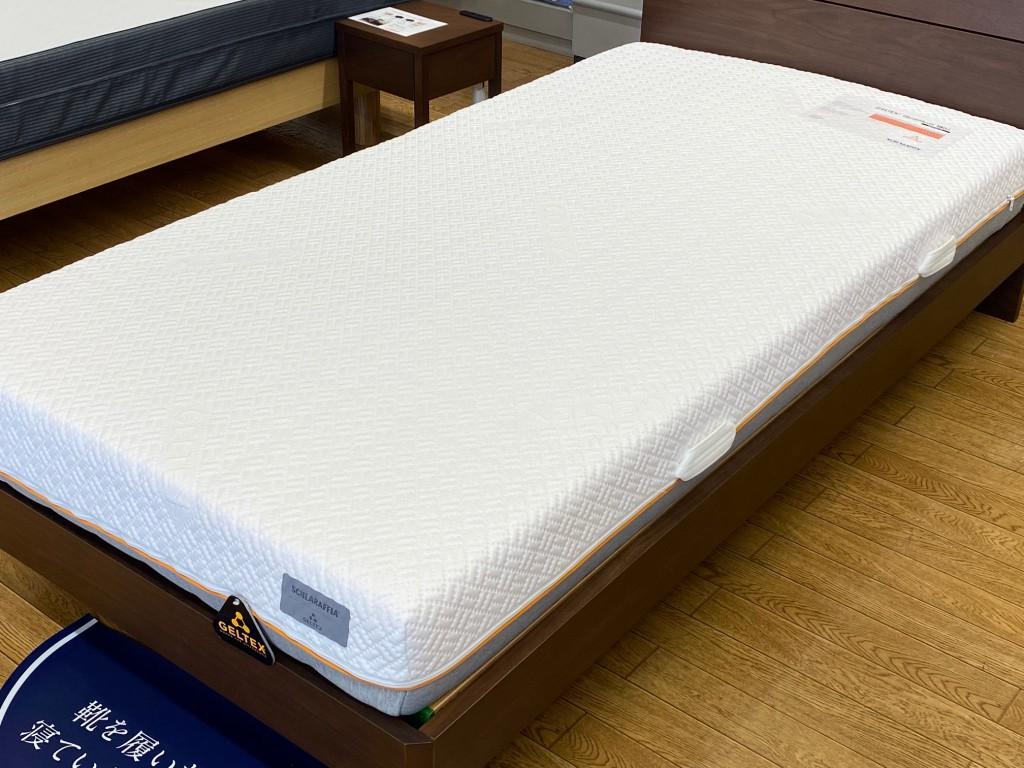 ゲルテックスクオンタム180が入荷しました!最も硬めの寝心地です。