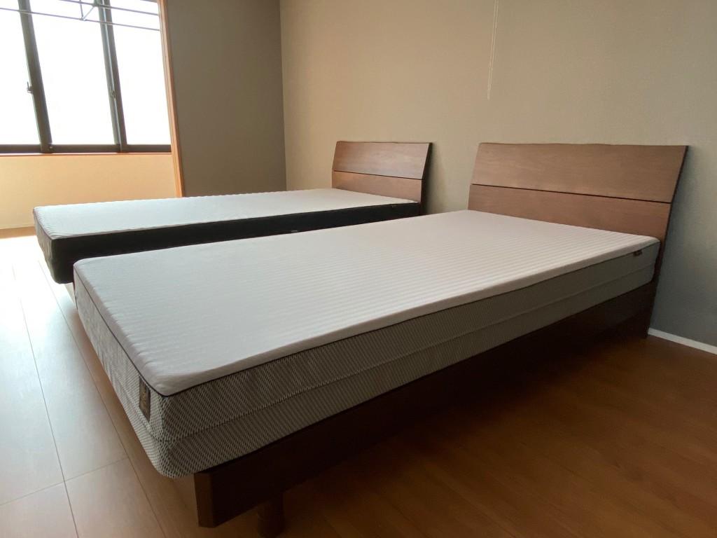 碧南市のI様、新築のお宅にご夫婦用のオーダーマットレス、ベッドフレームを納品させて頂きました!